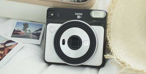 Fuji Fujifilm Galway Instax sq-6 for instant polaroid photos